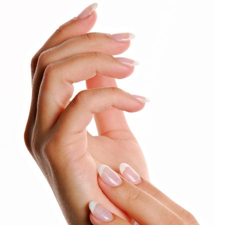 unghie gialle,fumo causa giallore dita,rimedi unghie bianchi,come avere unghie bianche
