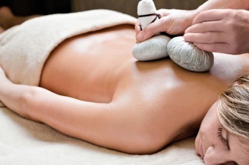 massaggi con sale e miele,cellulite massaggi,maschera hai sali,bagni al sale